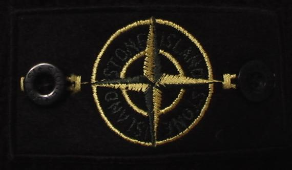 Название это нашивки ПАТЧ (patch) Одной из культовых и котируемых фирм сред